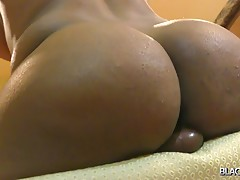 India has a nice big ass and as a tasty tgirl model she`s interested in nothing more than turning you on. What she wants is for you to feel massive arousal and desire for her. She`s exceptionally pretty and with that pair of big tits and curvy body she sh