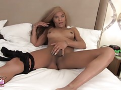 Ms Dimond Dyack is a horny tgirl with a sexy curvy body, big tits, a long hard cock and a sexy bubble butt! Enjoy this sexy Grooby girl jacking her big duck and shaking her ass for you!