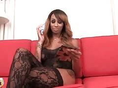 T-Ebony Honey Foxx Is Looking For Some Sex Fun 2