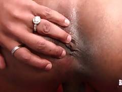 Hot Chocolate TS Delicious Starr Tenders Herself 3